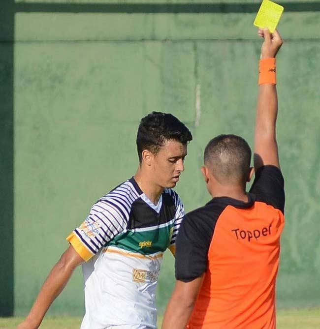سودمند ترین روش پیش بینی فوتبال با کارتهای زرد و قرمز در هردو نیمه (تضمینی)