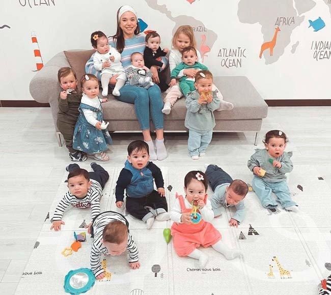 آشنایی با مادر 22 ساله و پدر 56 ساله با 11 فرزند !!! (+عکس)