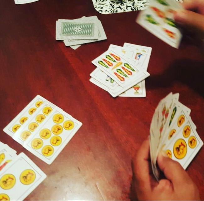 آموزش بازی ورق کانکویان Conquian + ترفند و قوانین لازم بازی ورق
