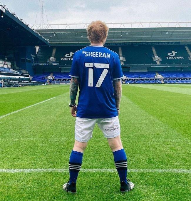 اد شیرن Ed Sheeran کیست ؟   بیوگرافی خواننده معروف آمریکایی و ماجرای خیانت به همسرش
